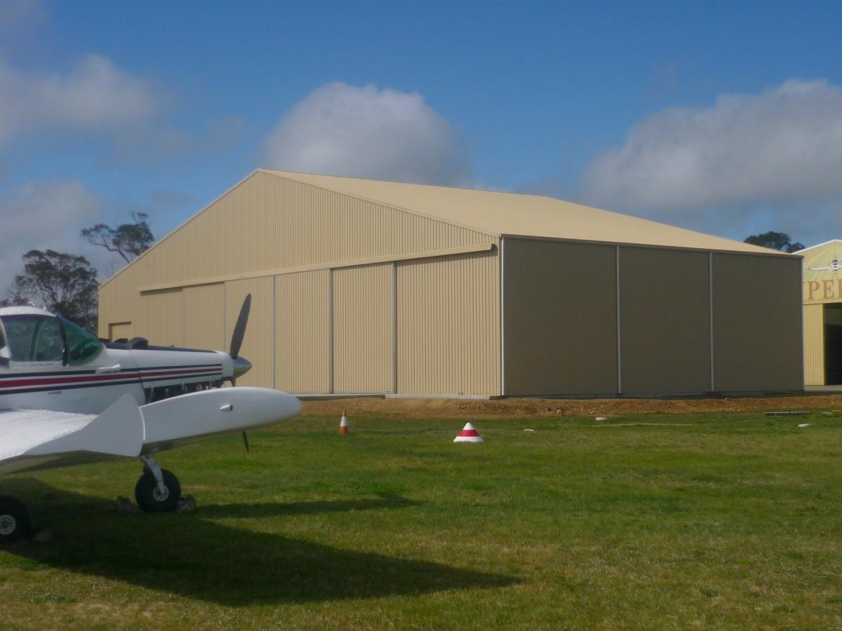 Aircraft hangar Armidale