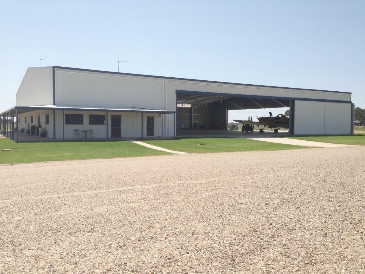 Aircraft hangar Moree