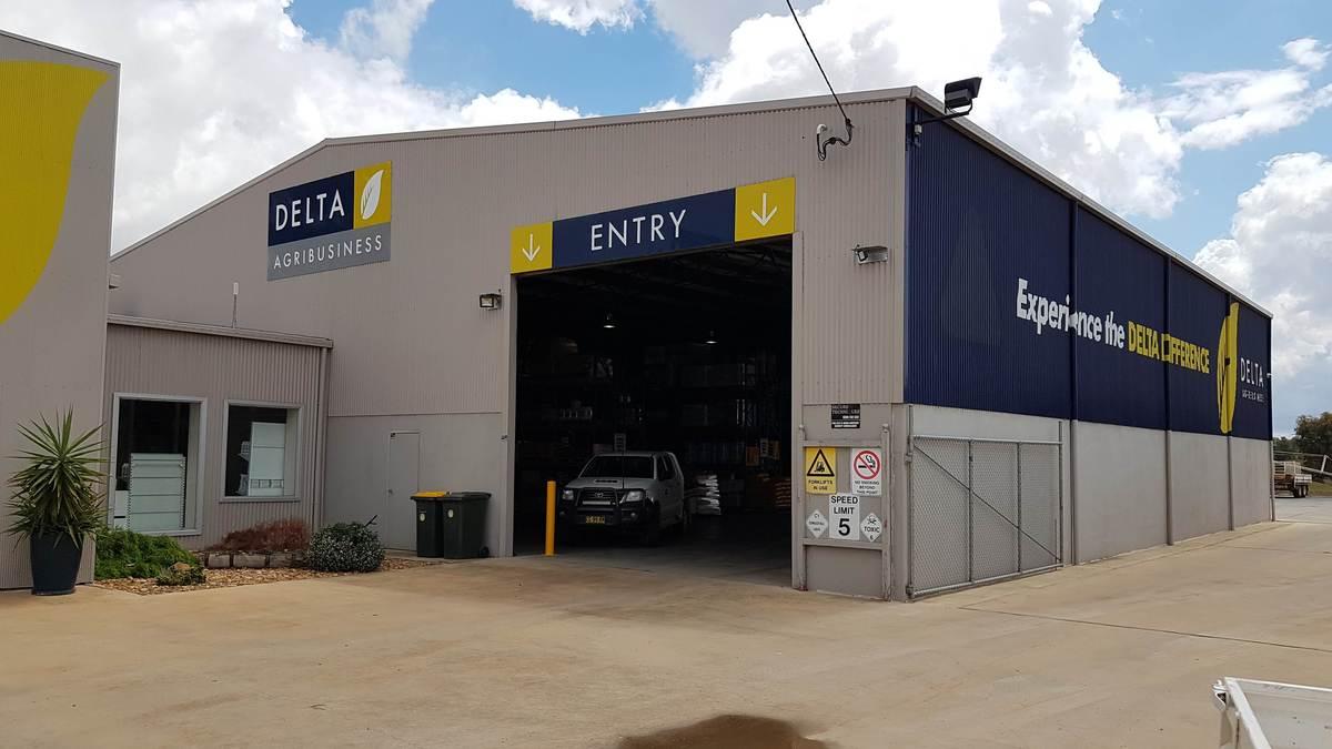 Commercial shed - Lockhart - Entrance