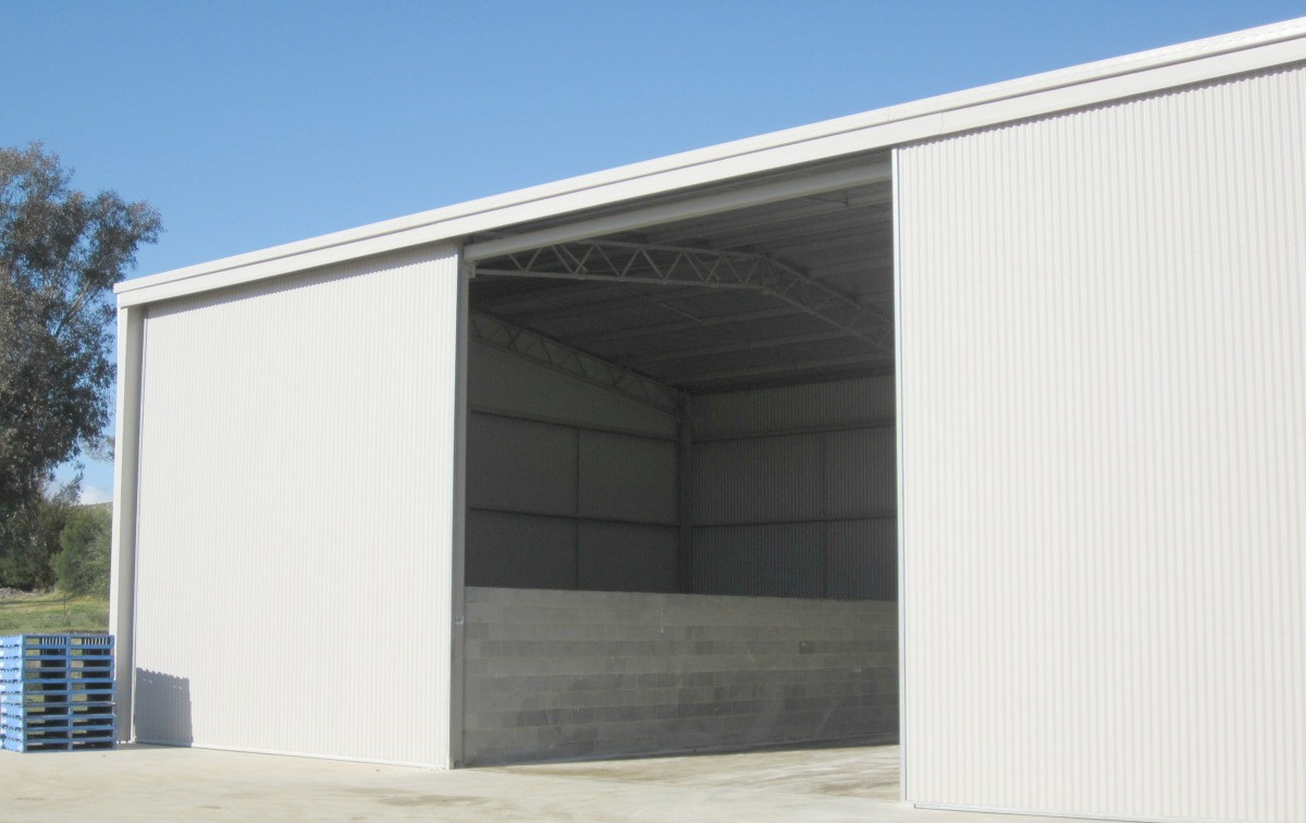 Commercial shed - Maimuru - Side view
